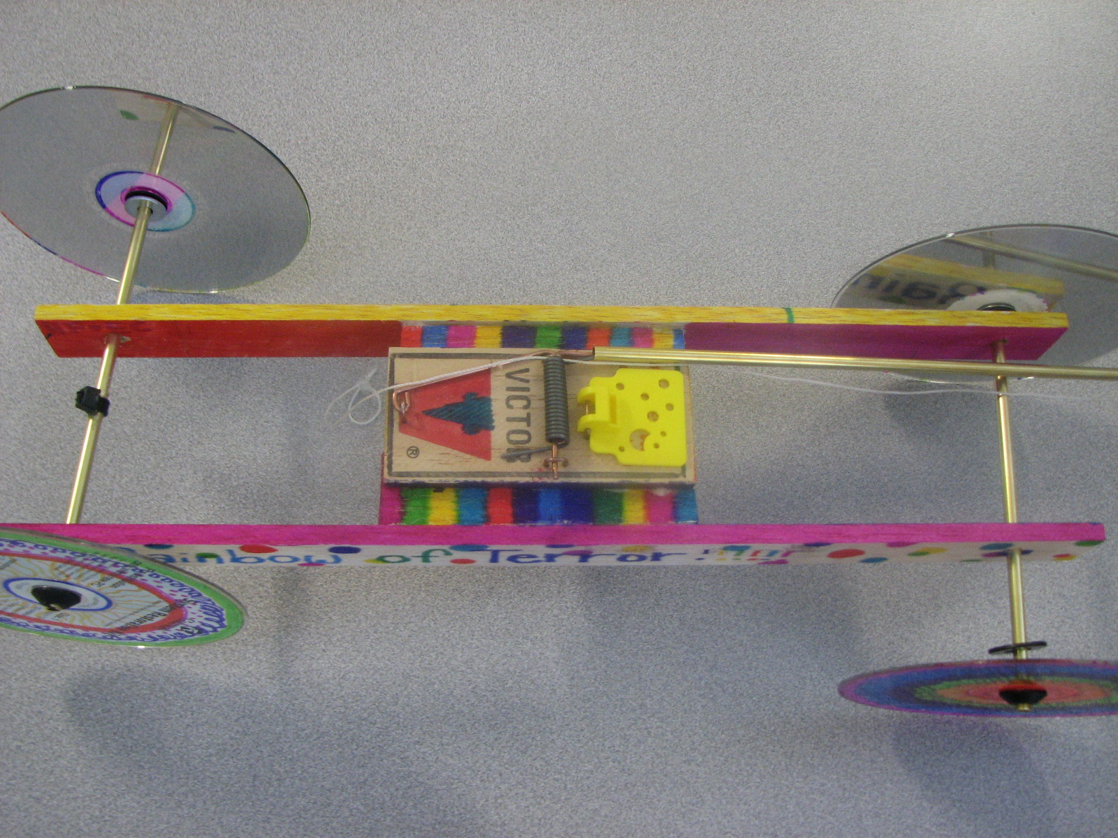 mousetrap car The purpose of this project is to determine the effect the size of an automobile's wheel radius will have on that vehicle's performance to determine this, the distance a car travels when tested with the same propulsion force but different wheel diameter is measured.